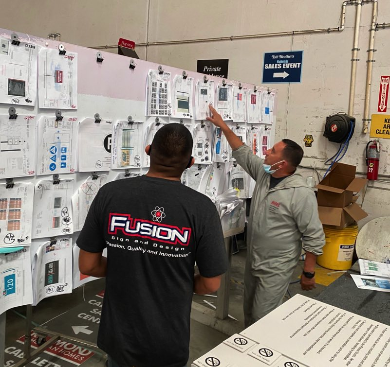 Fusion-sign-production-staff-3